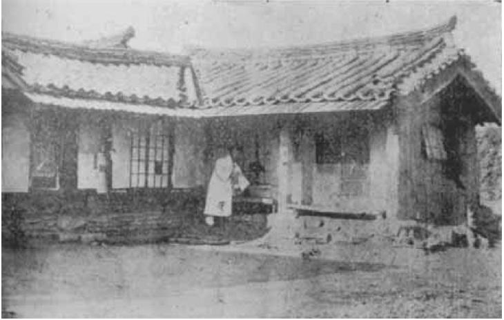 최초 장대현교회 예배당(ㄱ 자형 같아 보임)